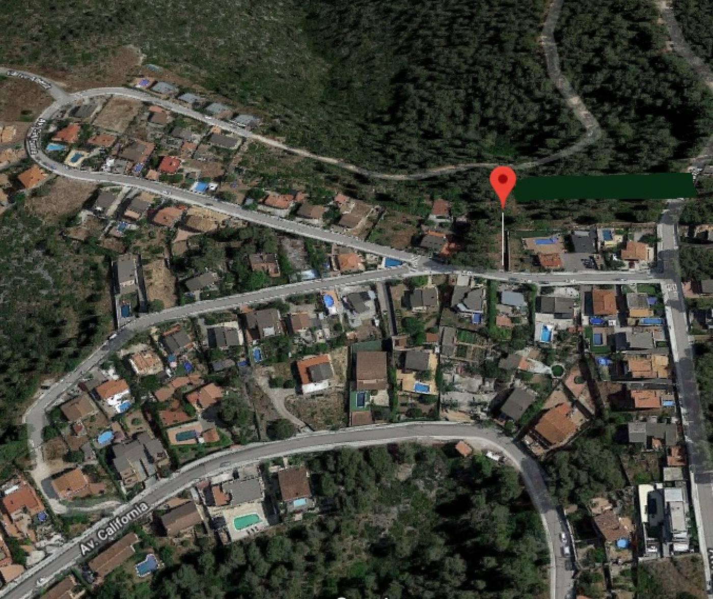 Parcela De Terreno De 750 M2, En Venta, En La Urbanización
